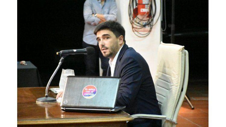 El intendente Galli responde la interpelación - Crédito: www.infoeme.com