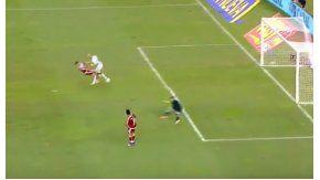 Un cabezazo de Zidane a Andrade, otro de los posibles finales para la jugada