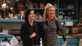 Monica Geller y Phoebe Buffay en Friends