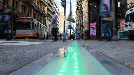 Ya funcionan los primeros semáforos de piso del país