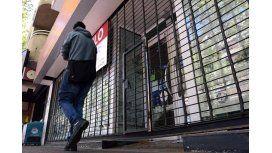 Por el furor de compras en Chile, cerraron 400 locales en Mendoza