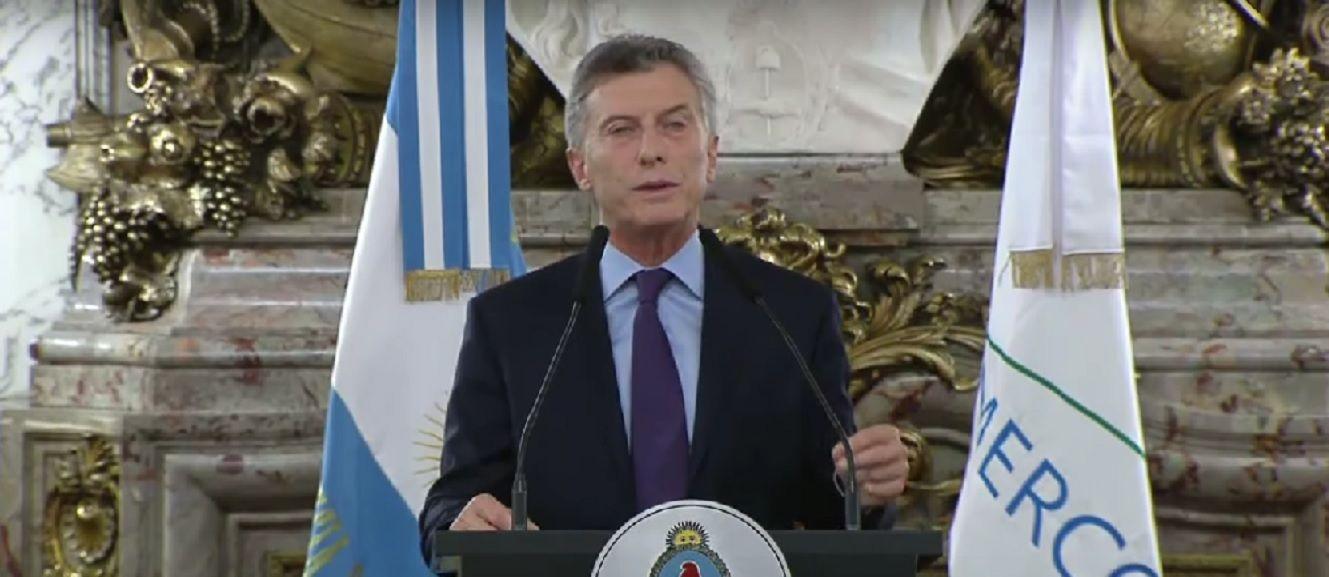Macri anuncia el plan Un Millón para las automotrices