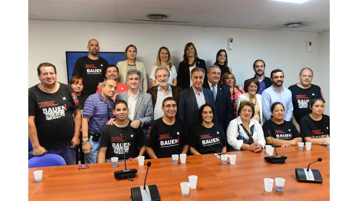 Legisladores apoyaron a los trabajadores del Bauen