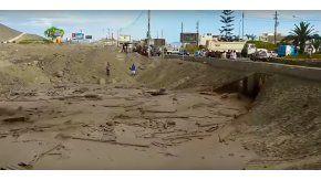 Una mujer se salva de morir en un alud en Perú