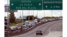 Encontran un cadáver en la Autopista Buenos Aires-La Plata
