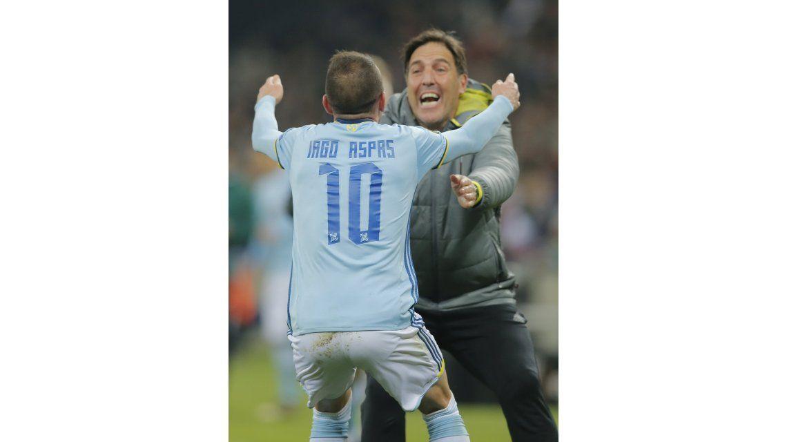 El abrazo entre el goleador Aspas y el DT Berizzo