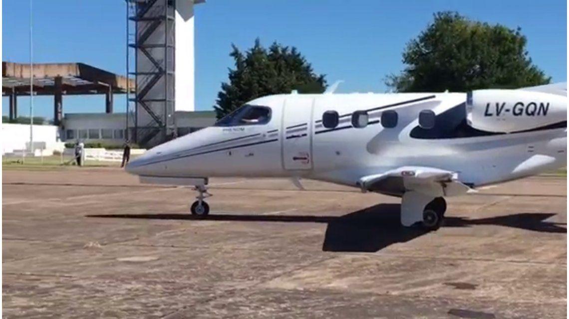 VIDEO: El Indio Solari dejó Olavarría en un avión privado