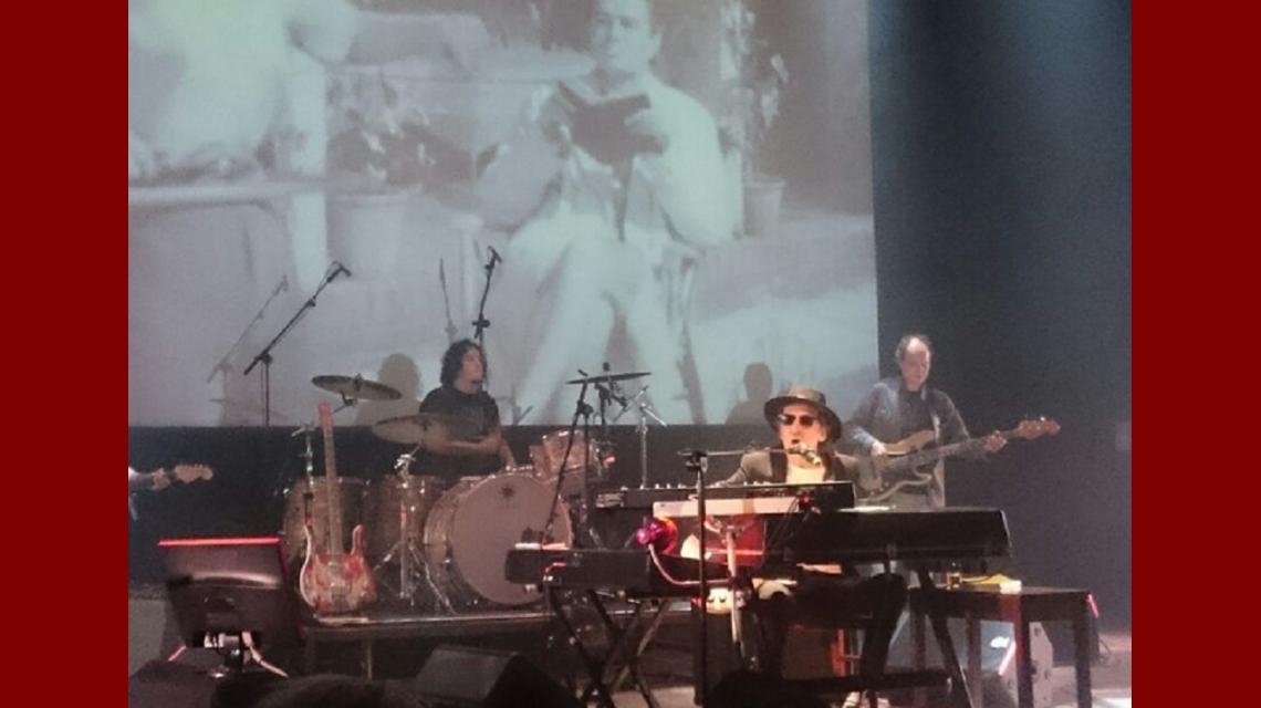 Charly García en Caras y caretas. Foto: Sony Music Argentina.