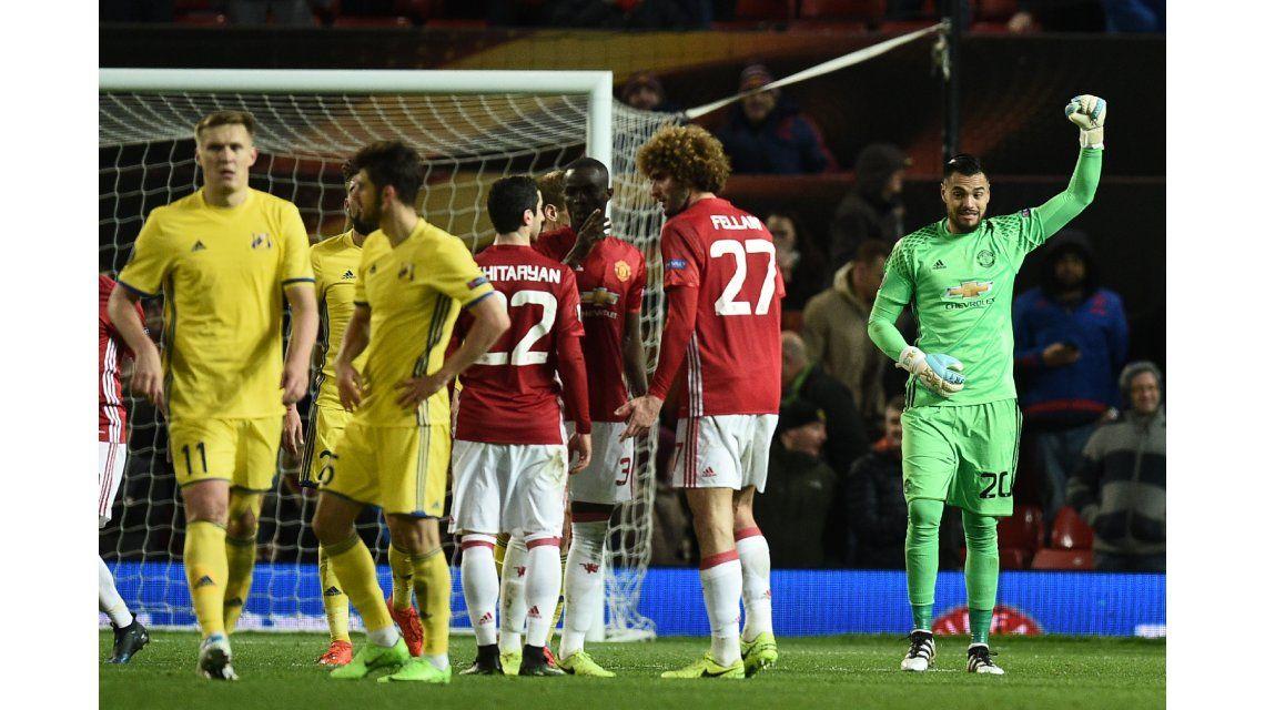 Romero cuidará los tres palos del equipo de Mourinho