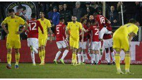 El festejo del Manchester United por el gol del armenio Mkhitaryan