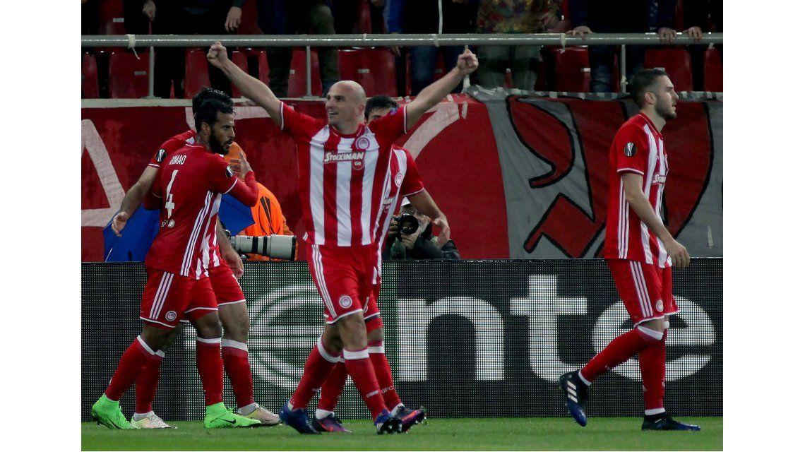 El equipo griego empató como local ante el Besiktas