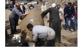 Hallaron una estatua gigante que sería de Ramsés II