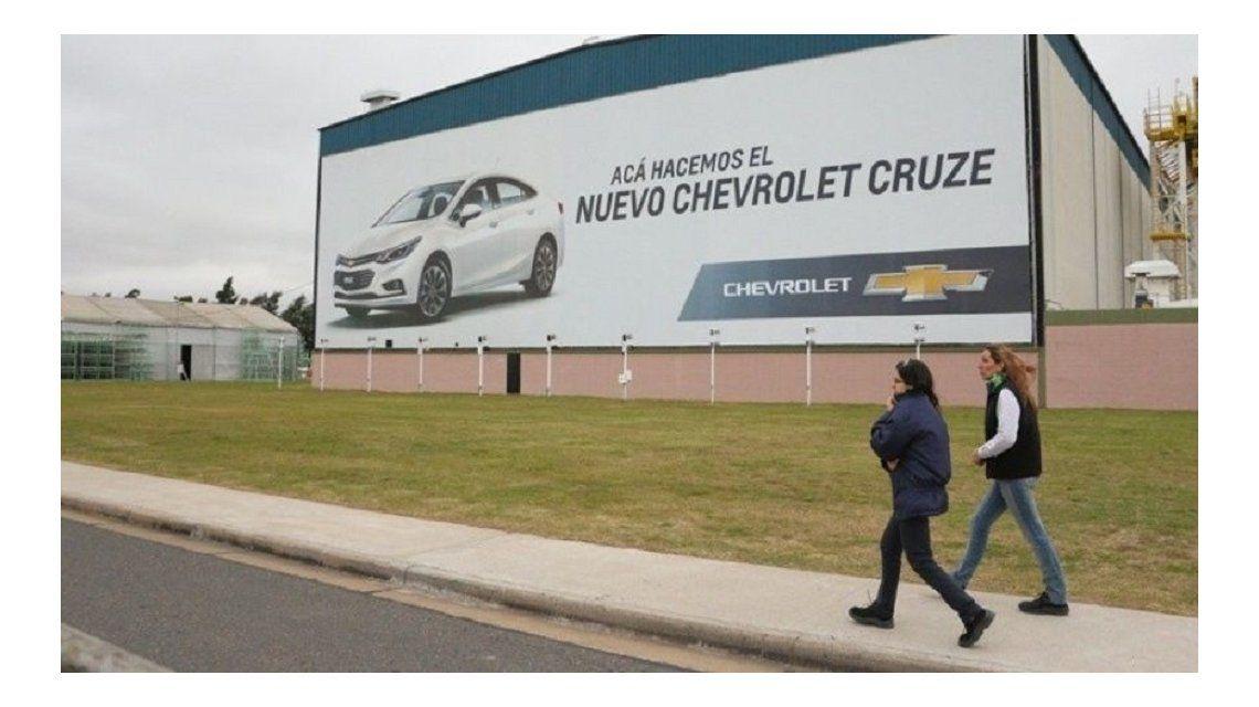 Suspenden a 400 empleados en la planta de General Motors