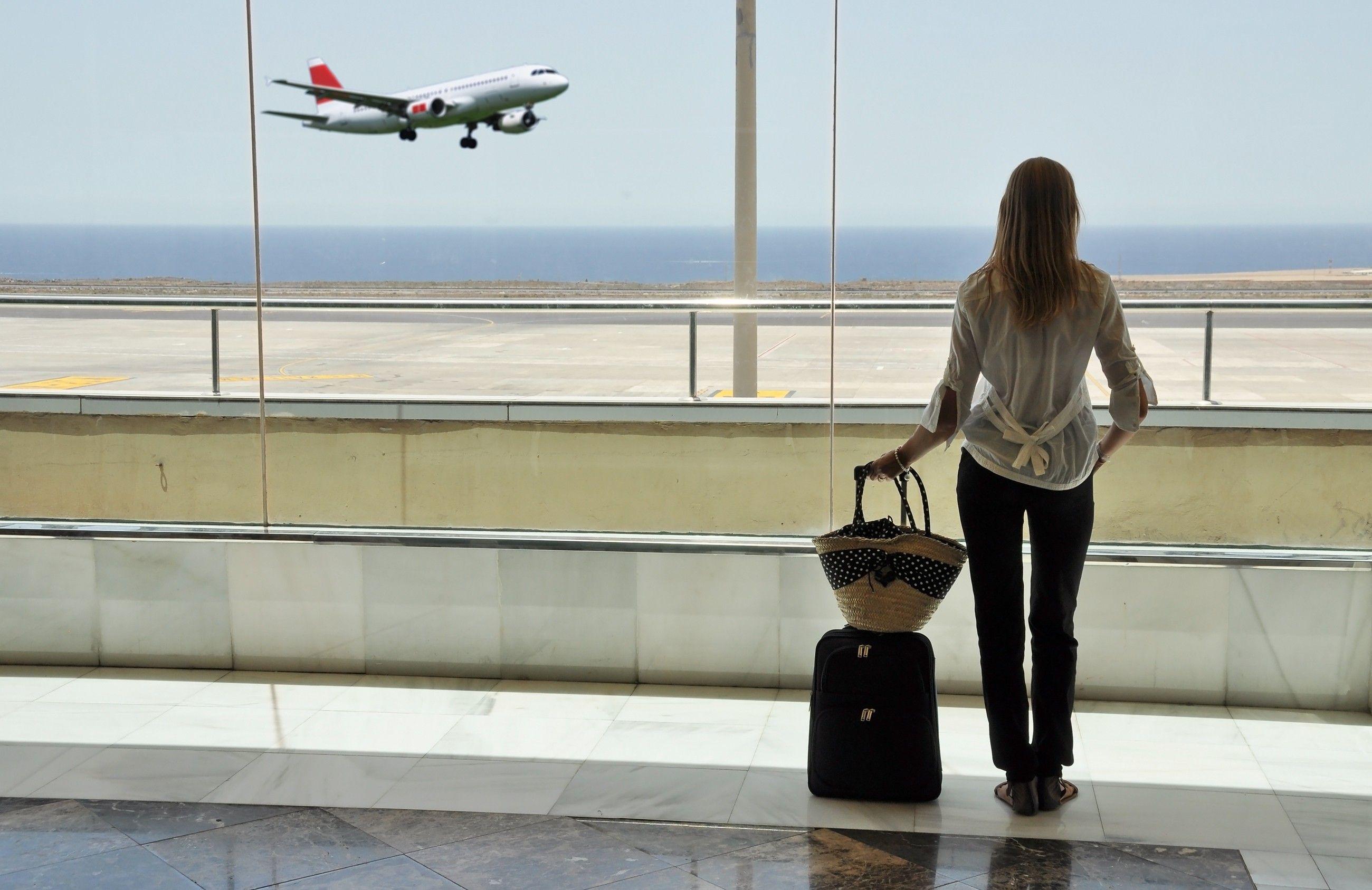 Qué se puede llevar y qué no en el equipaje de mano cuando se viaja en avión