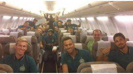 Los jugadores antes de partir rumbo a Venezuela
