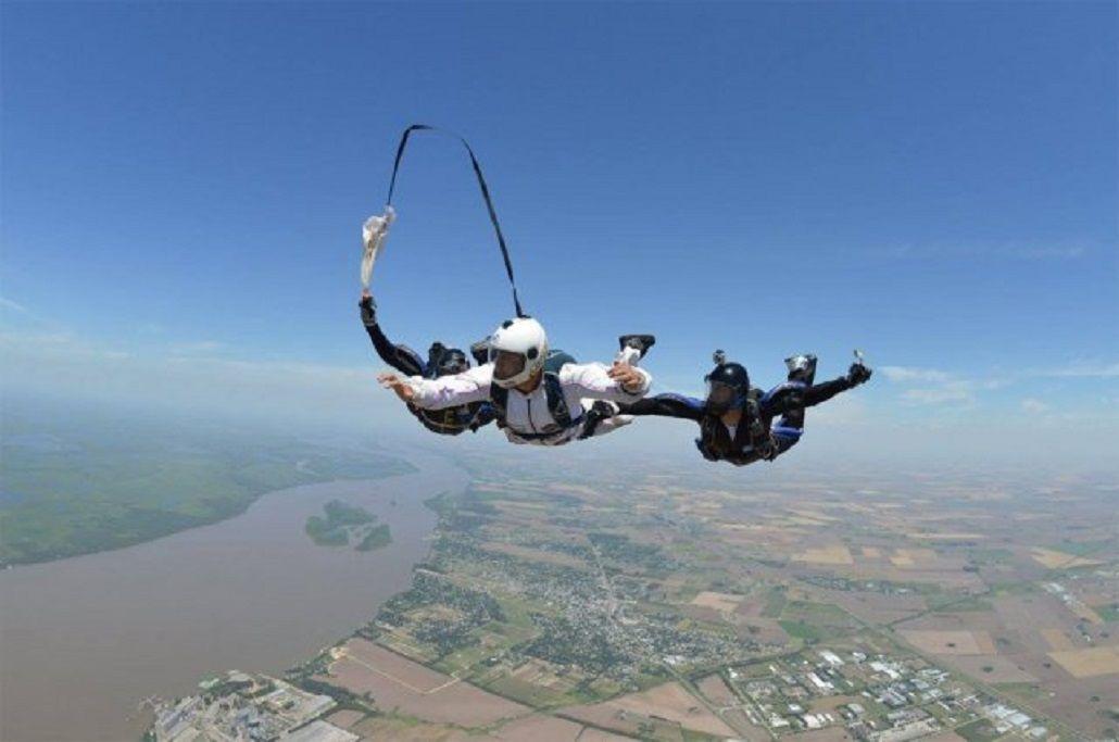No se le abrió el paracaídas y murió - Crédito: La Capital de Rosario