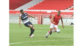El ex Boca sumó otro gol en un amistoso para Independiente