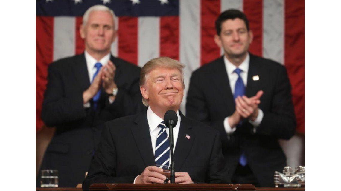 Donald Trump: El muro será un arma eficaz contra la droga y el crimen