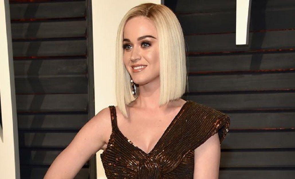 Katy Perry se animó y se cortó el pelo
