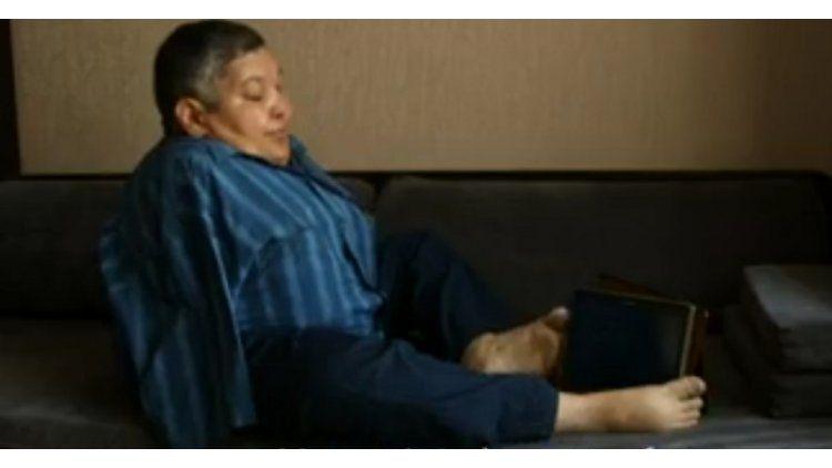 Karipbek Kuyukov sufre las secuelas de haber vivido en El Polígono - Crédito: BBC Mundo