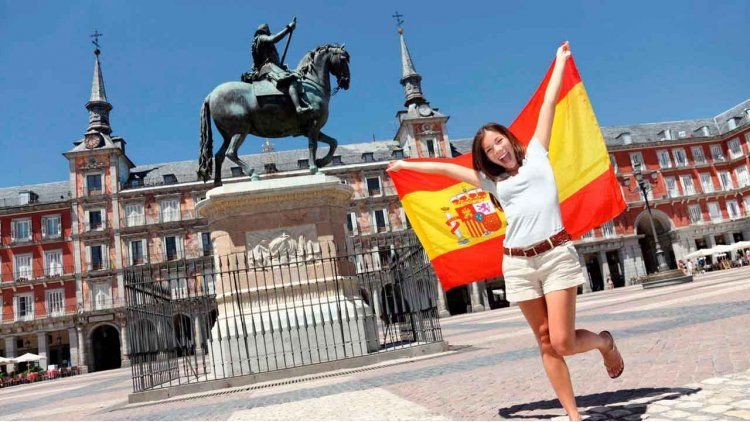 España se suma a los programas de Work and Travel