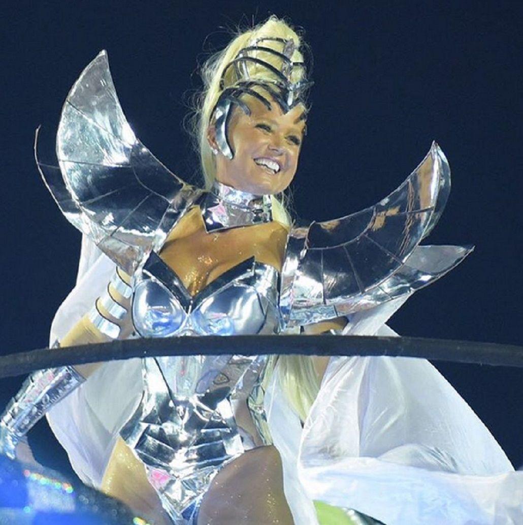 Xuxa deslumbró en el Carnaval de Río