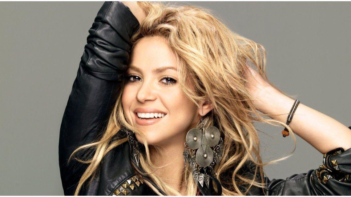 Shakira jugó a tener el pelo ¡gris!