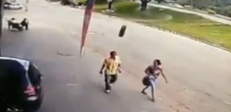 Un hombre fue noqueado por una rueda en Brasil