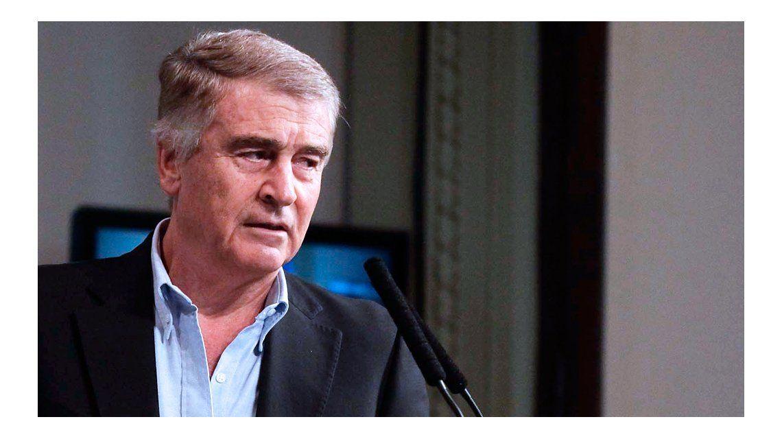 Aguad va este miércoles al Congreso a explicar el acuerdo con el Correo