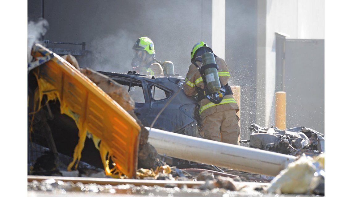 Una avioneta con cinco pasajeros chocó junto a un shopping en Asutralia