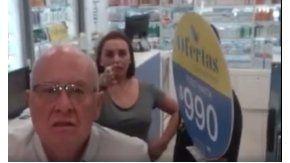 Grabaron a dos chilenos insultando a una inmigrante