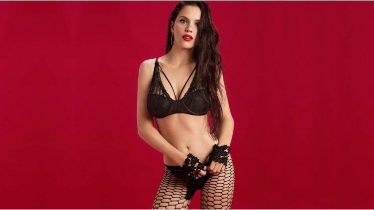 Ivana Figueiras deslumbra en lencería