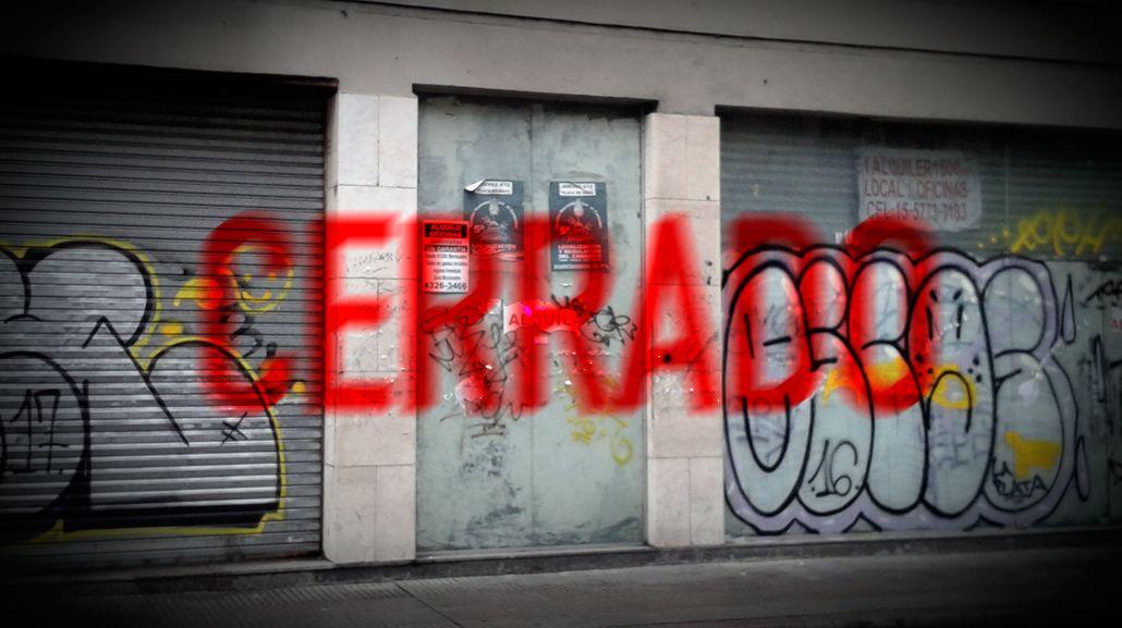 Hay cada vez más locales cerrados en el centro porteño