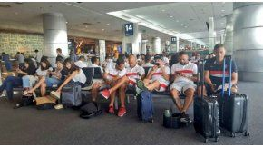 El vuelo de Huracán que iba a Córdoba volvió a Buenos Aires