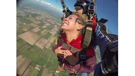 Noelia Marzol se tiró en paracaídas desde 3 mil metros de altura