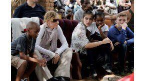 Madonna adoptará dos gemelos de Malaui