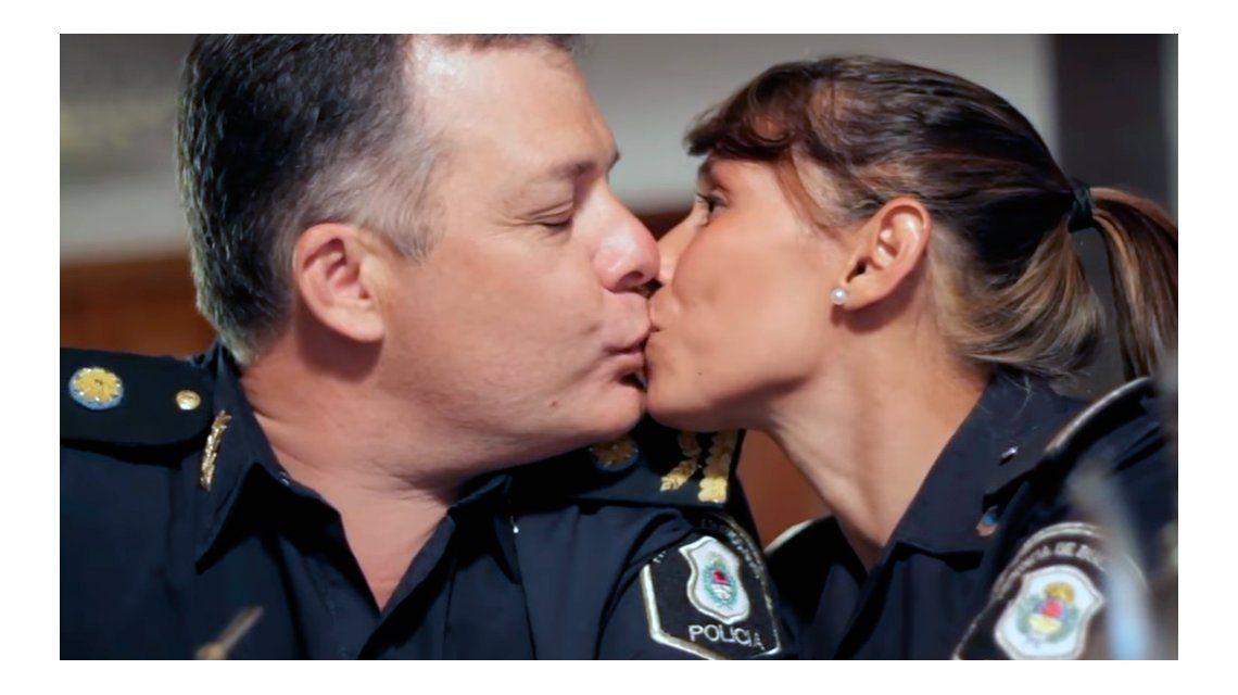Amor entre policías