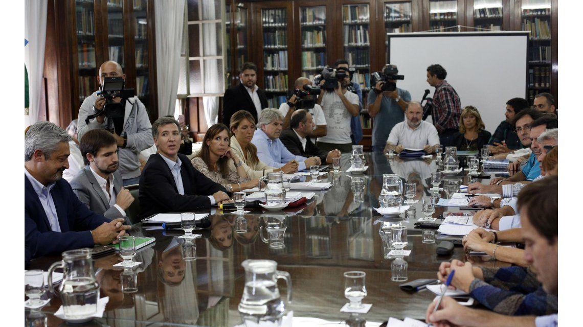 Defensor del Pueblo bonaerense pide que se reabra la paritaria nacional docente