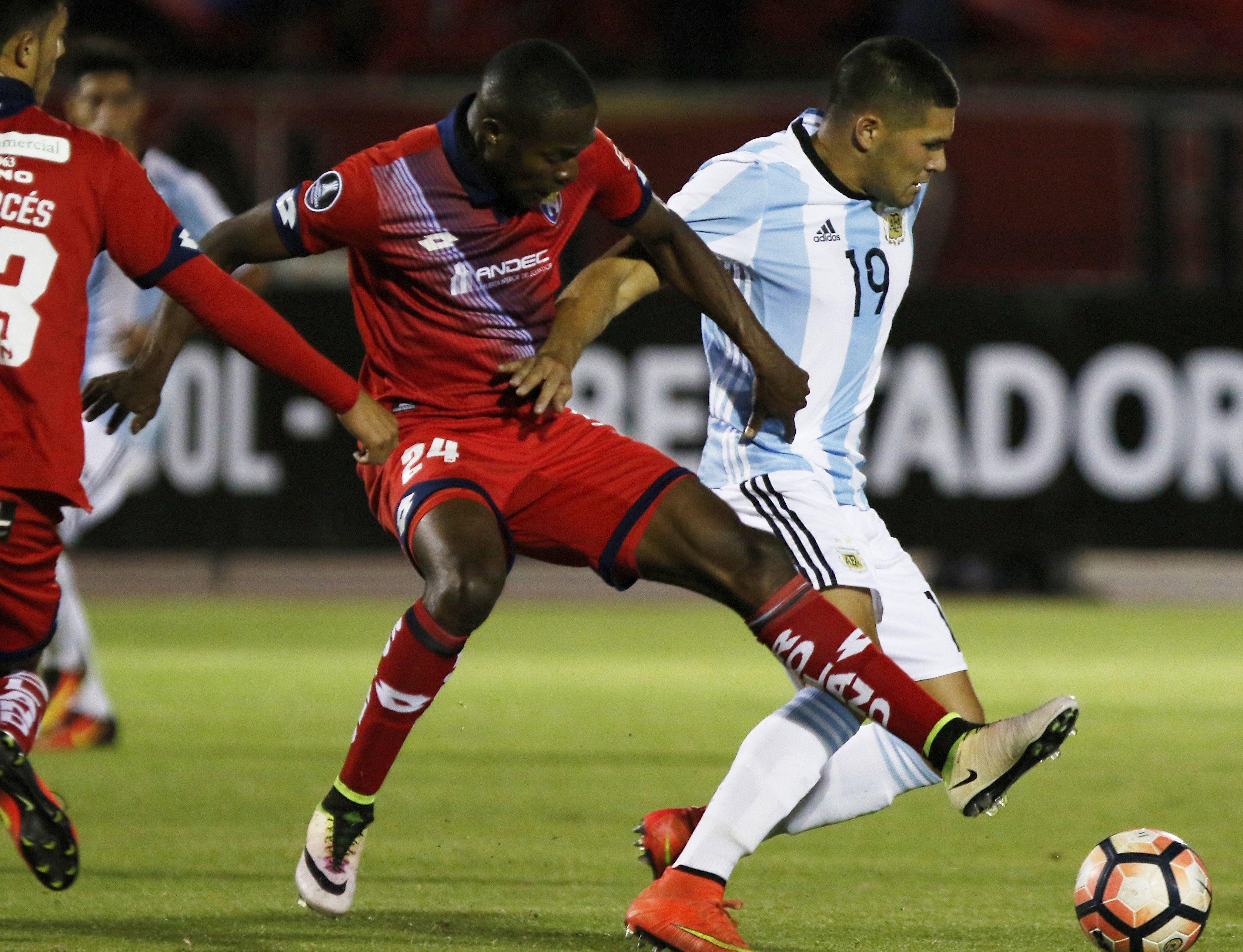 Atlético Tucumán dominó las acciones durante gran parte del partido