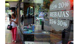 Recesión: Las ventas minoristas siguen en caída libre
