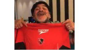 El Diego, con la camiseta de la Lepra