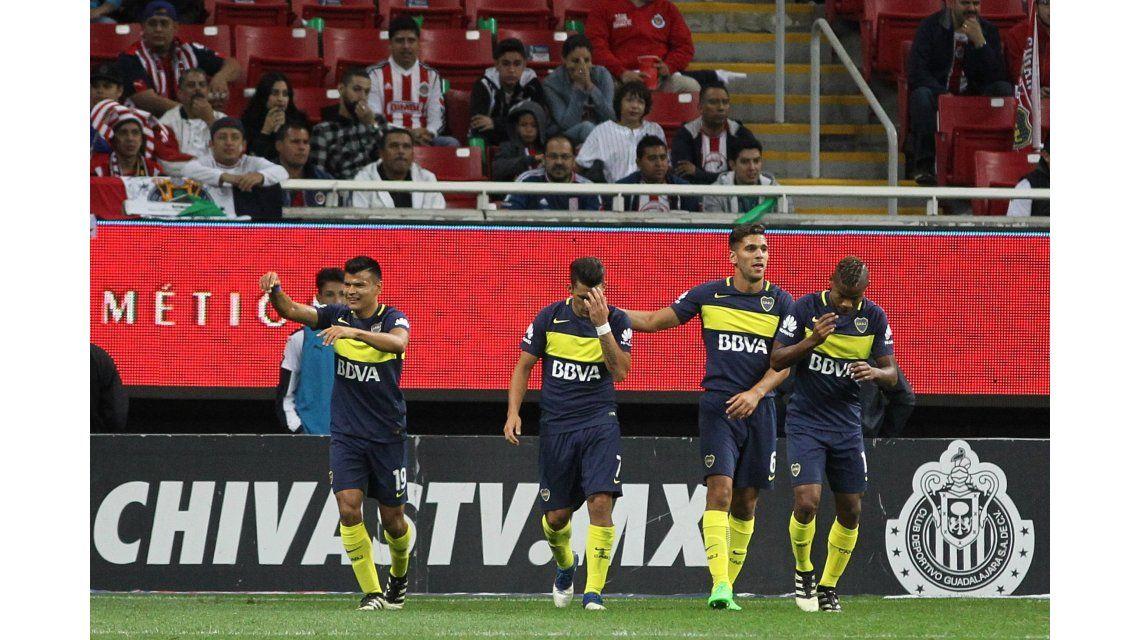 Walter Bou celebra el gol que abrió el marcador