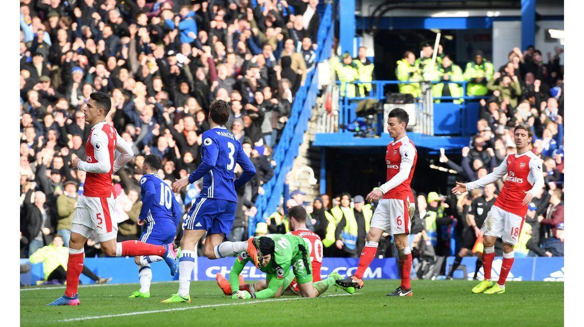 Hazard metió un golazo en la victoria del Chelsea ente el Arsenal