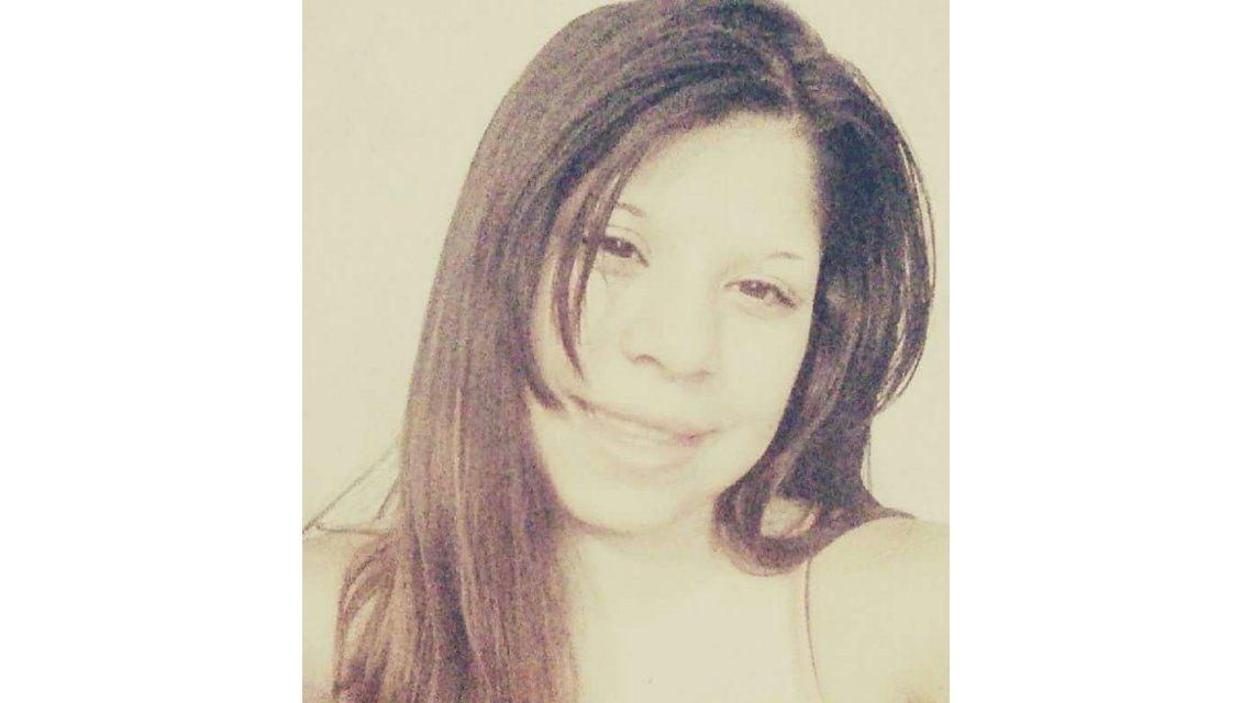 Tiene 13 años, salió de su casa en Catamarca y desapareció