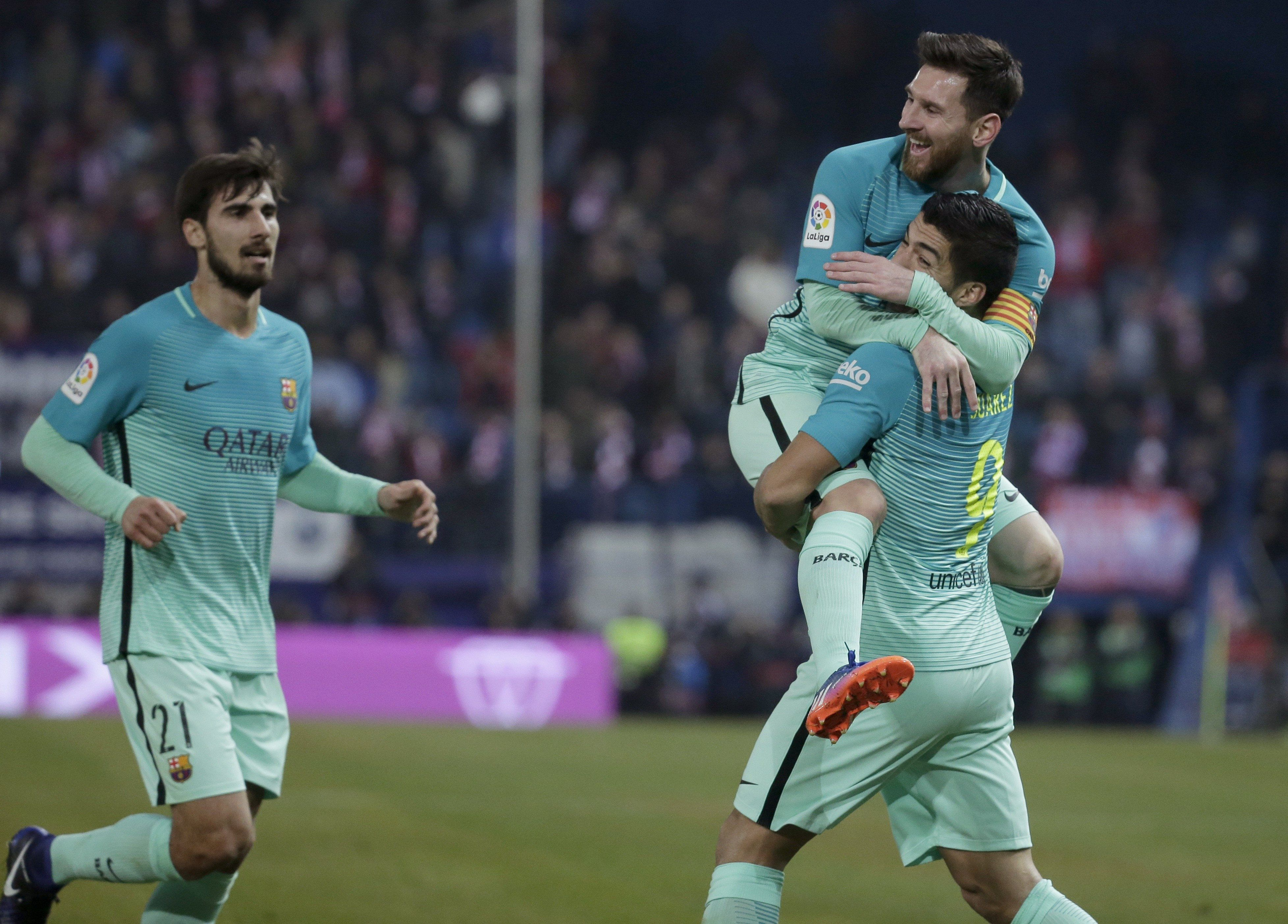 Con un gol de Messi
