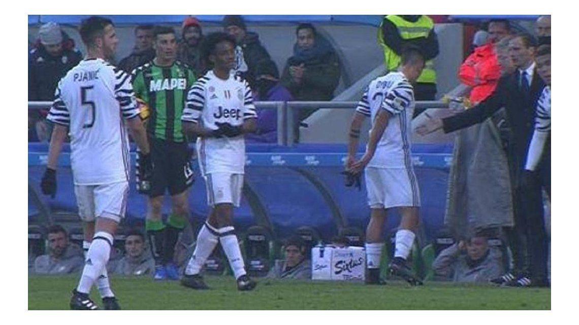 El argentino le corrió la mano al entrenador de la Juventus