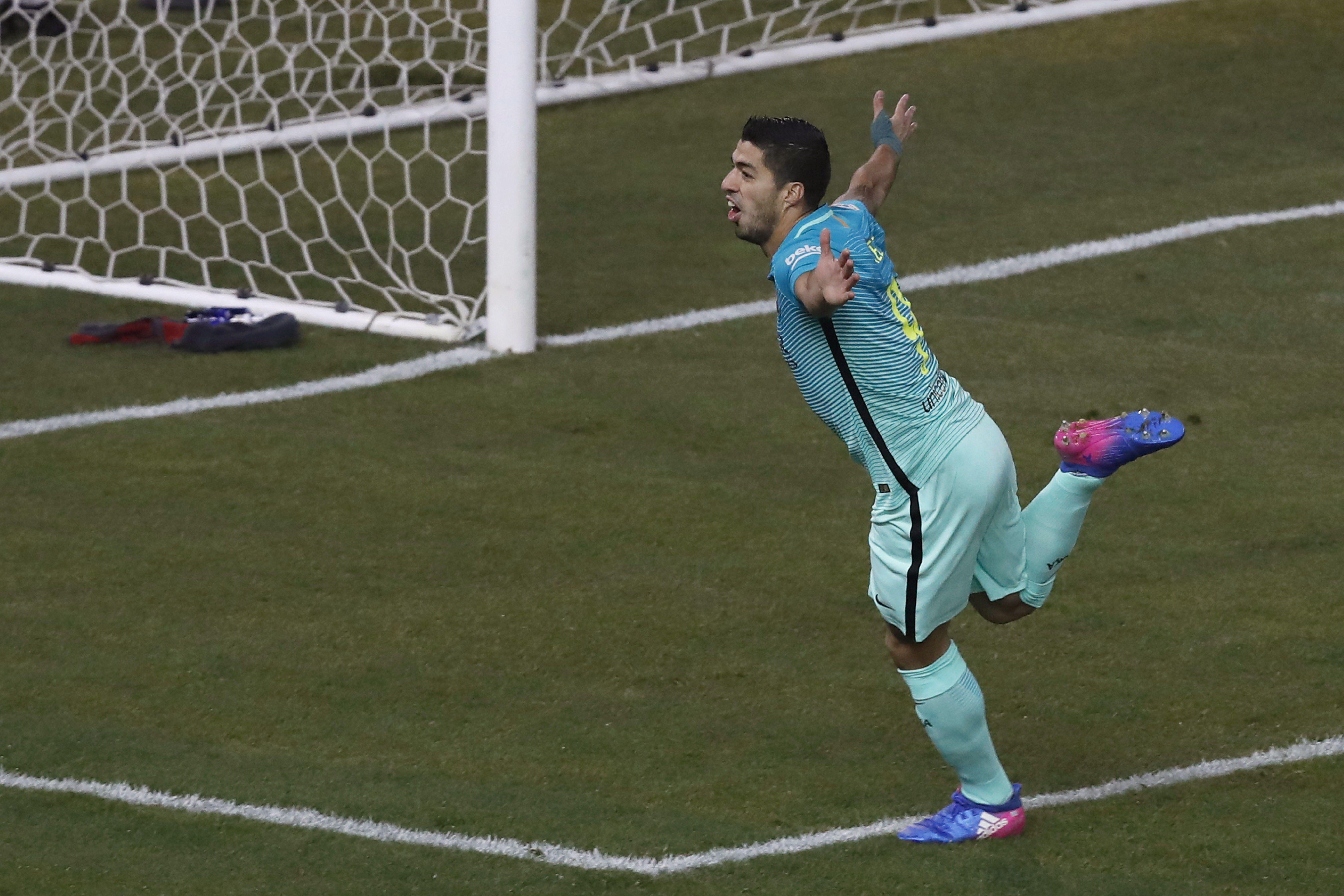 Luis Suárez marcó el primer gol del Barcelona