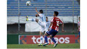 Omar Alderete, el defensor paraguayo que busca Boca