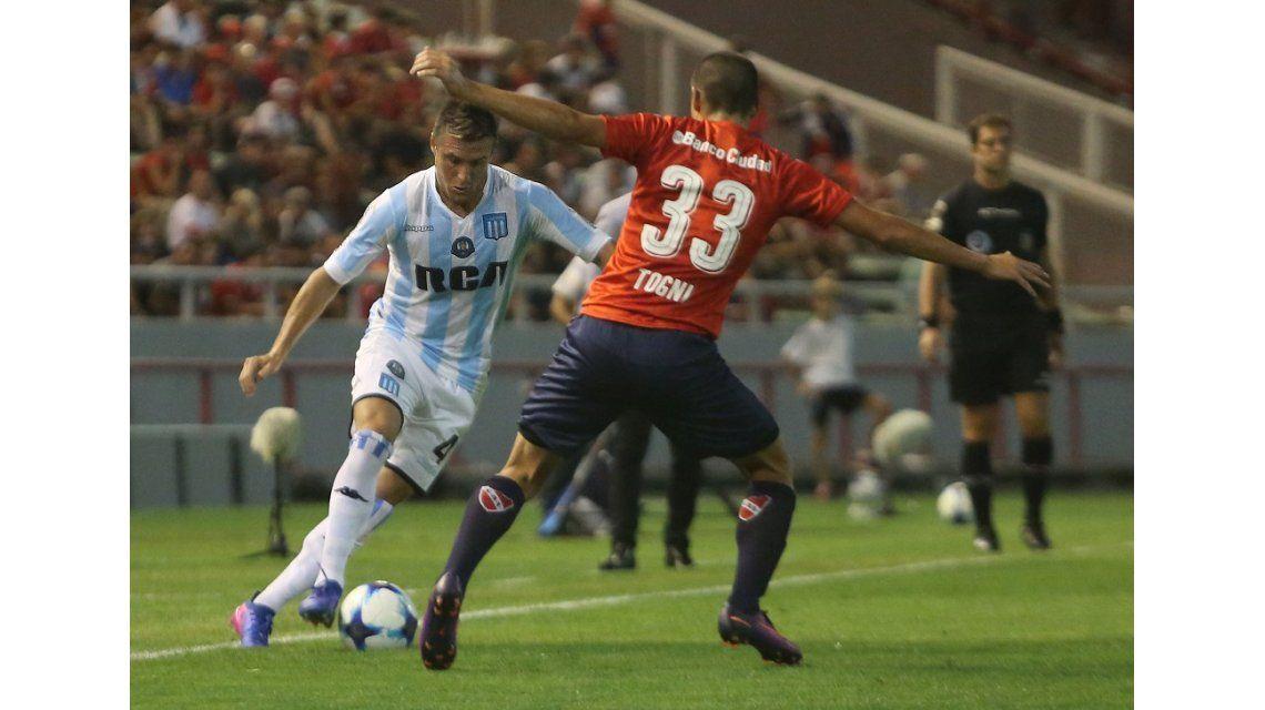 Racing e Independiente juegan la Copa Clásico de Avellaneda