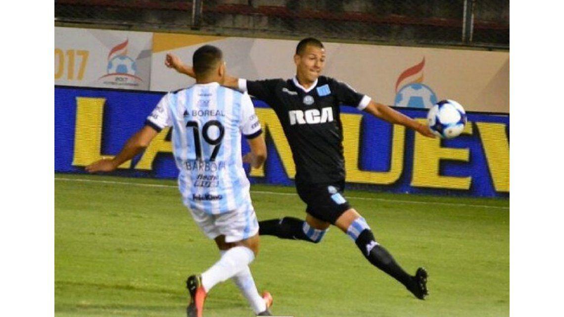 Atlético Tucumán ante Racing por la Copa Ciudad de Salta